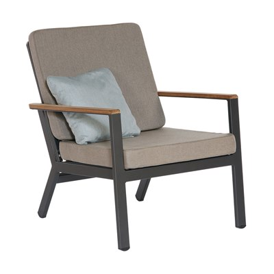 Barlow Tyrie Aura Lounge Chair